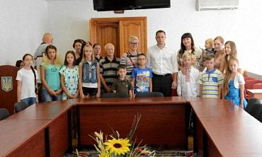 Белоусов вручил подарки к 1 сентября